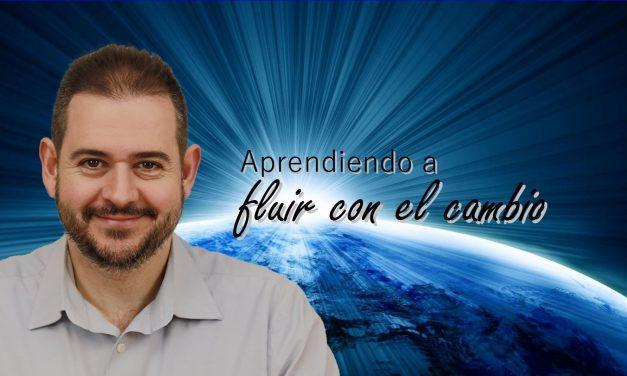 """Vídeo de la conferencia """"Aprendiendo a fluir con el cambio"""", con Rubén Escartín"""